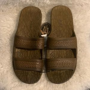 NWT Pali Hawaii Brown Jandals Jesus Sandals Slides